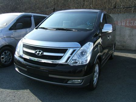 Hyundai Grand Starex 2010 - отзыв владельца