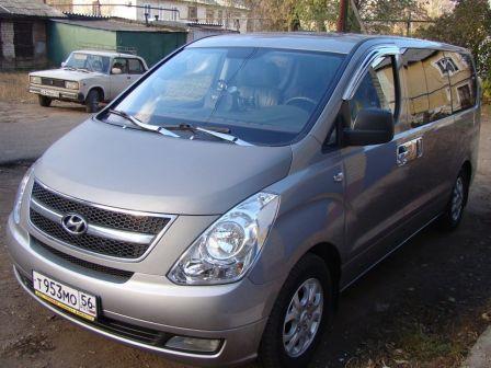 Hyundai Grand Starex 2011 - отзыв владельца