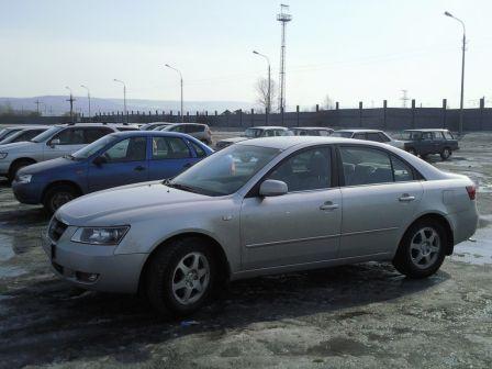 Hyundai NF 2005 - отзыв владельца