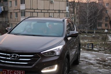 Hyundai Santa Fe 2012 отзыв автора | Дата публикации 03.01.2013.