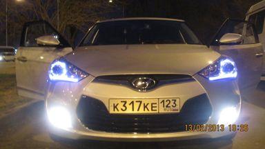 Hyundai Veloster, 2011