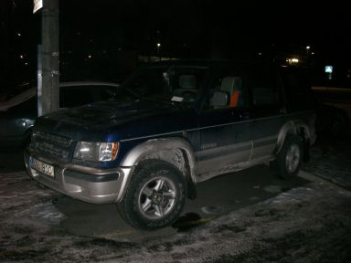 Isuzu Trooper, 2000