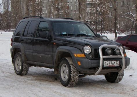 Jeep Cherokee 2005 - отзыв владельца