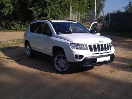 Jeep Compass 2011 - отзыв владельца
