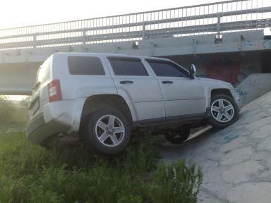 Jeep Liberty 2008 отзыв автора | Дата публикации 15.12.2011.