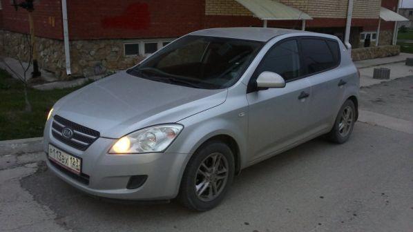 Kia Ceed 2007 - отзыв владельца
