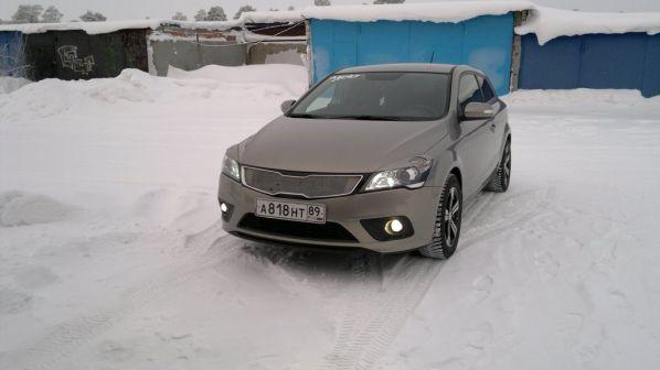 Kia Ceed 2011 - отзыв владельца