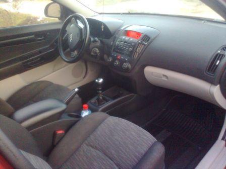 Kia Ceed 2008 - отзыв владельца