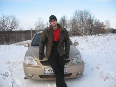 Kia Rio 2004 - отзыв владельца