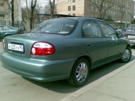 Kia Sephia 2000 - отзыв владельца