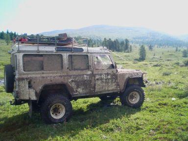 Land Rover Defender 1995 отзыв автора | Дата публикации 17.03.2009.