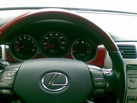Lexus ES300 2005 - отзыв владельца
