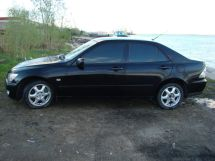 Lexus IS200, 2000