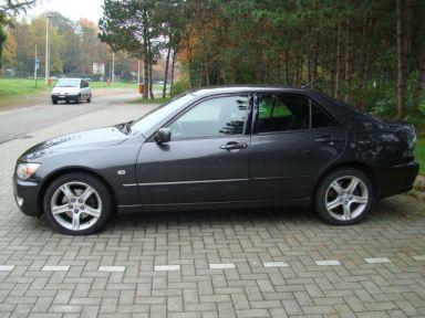 Lexus IS200 2001 отзыв автора | Дата публикации 20.10.2008.