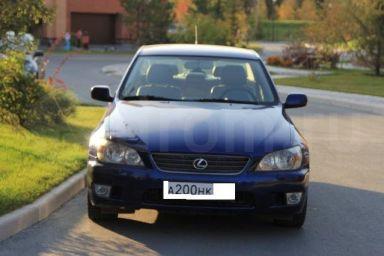 Lexus IS200 отзыв автора | Дата публикации 29.09.2011.