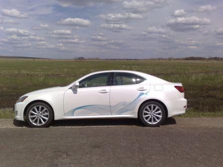 Lexus IS250 2010 - отзыв владельца