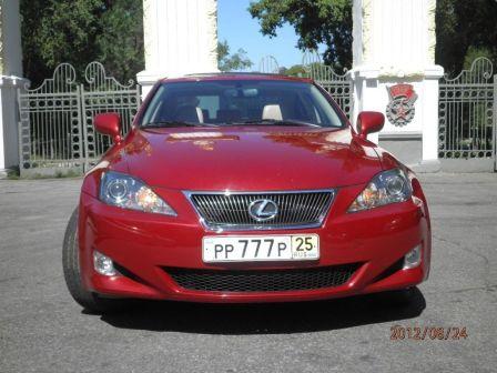 Lexus IS250 2007 - отзыв владельца