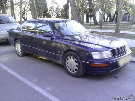Lexus LS400 1994 - отзыв владельца