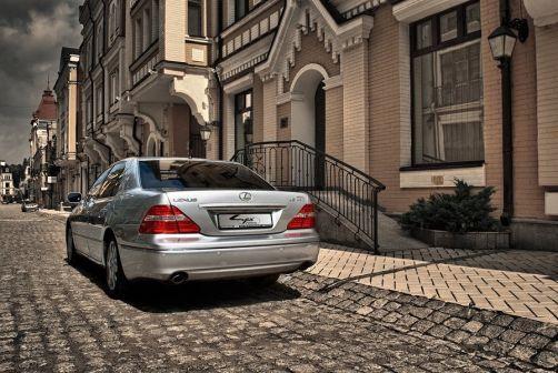 Lexus LS430 2004 - отзыв владельца