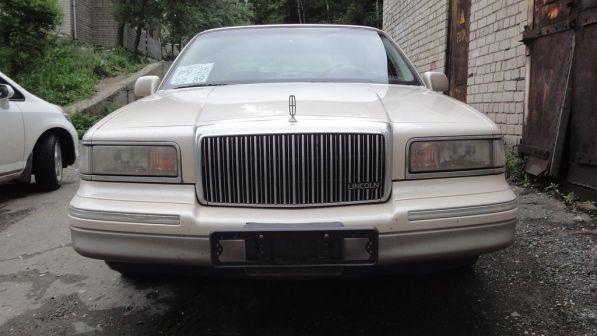 Lincoln Town Car 1997 - отзыв владельца