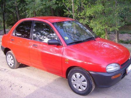 Mazda 121 1991 - отзыв владельца