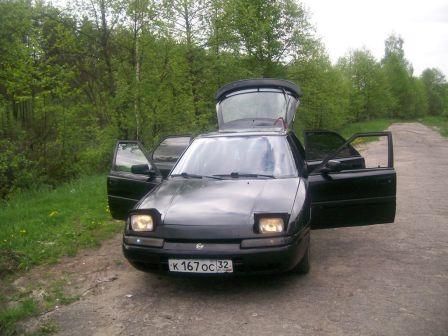 Mazda 323 1991 - отзыв владельца