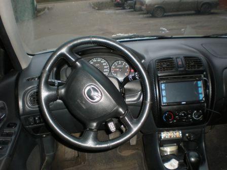 Mazda 323F 1999 - отзыв владельца