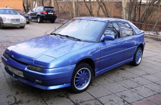 Mazda 323F 1992 - отзыв владельца