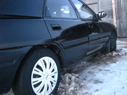Mazda 323F 1993 - отзыв владельца