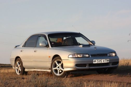 Mazda 626 1992 - отзыв владельца