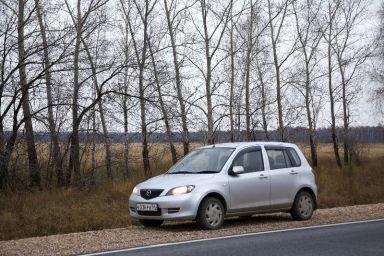 Mazda Demio 2003 отзыв автора | Дата публикации 28.04.2012.