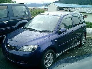 mazda demio 2003 г.в. v-1500