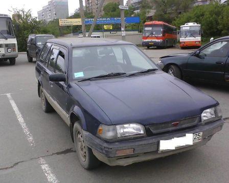 Mazda Familia 1993 - отзыв владельца