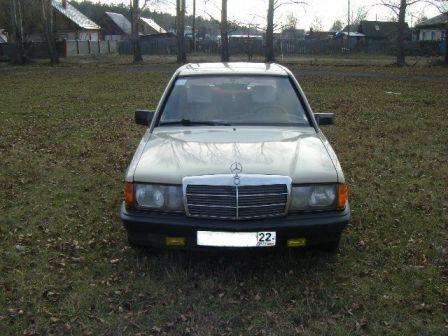 Mercedes-Benz 190 1984 - отзыв владельца