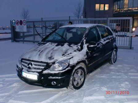 Mercedes-Benz B-Class 2010 - отзыв владельца