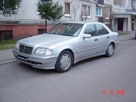 Mercedes-Benz C-Class 1998 - отзыв владельца