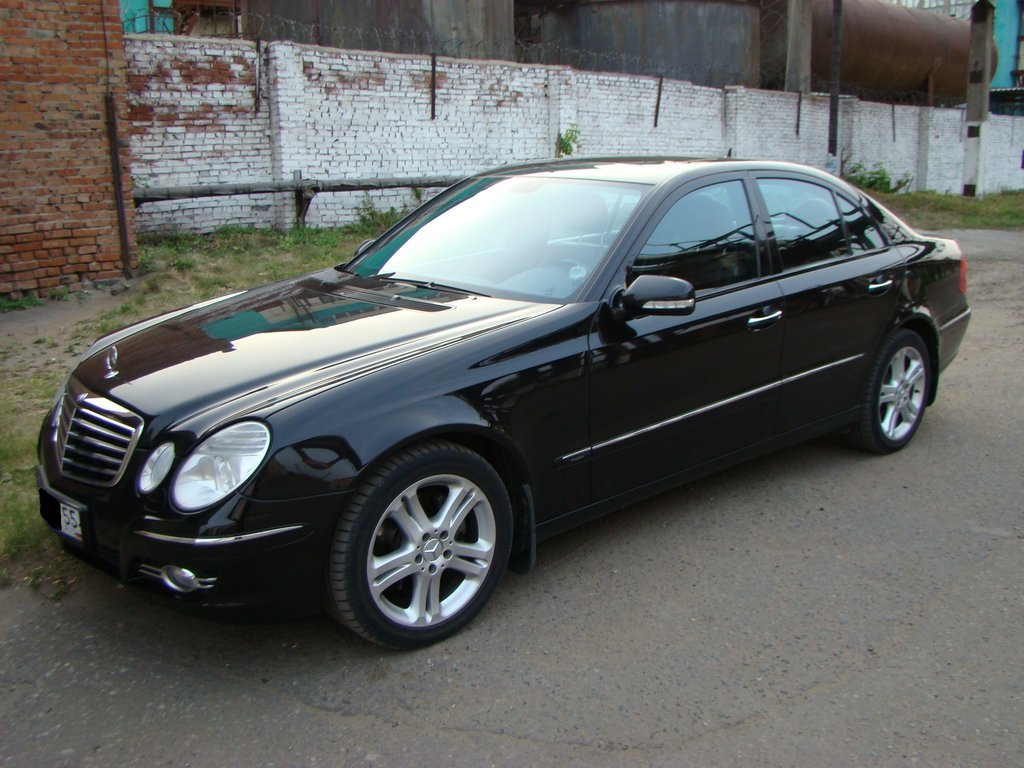 Mercedes benz e class 2007 2 8 for Mercedes benz of minneapolis