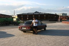 Mercedes-Benz E-Class, 1983