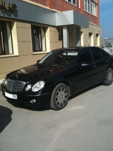 Mercedes-Benz E-Class, 2008