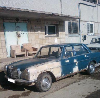 Mercedes-Benz E-Class, 1971