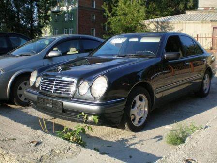 Mercedes-Benz E-Class 1998 - отзыв владельца