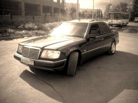 Mercedes-Benz E-Class 1993 - отзыв владельца