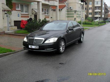 Mercedes-Benz S-Class 2010 - отзыв владельца