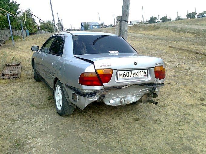 Mitsubishi Carisma.