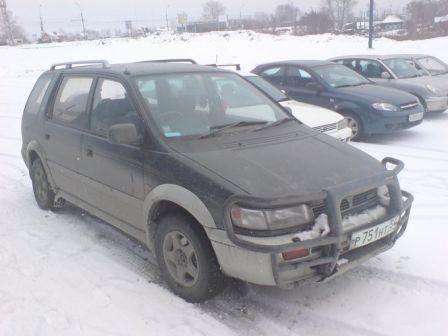 Mitsubishi Chariot 1994 - отзыв владельца