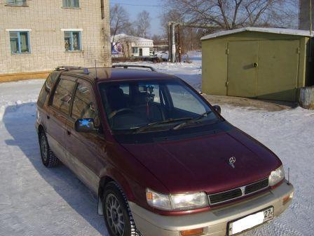 Mitsubishi Chariot 1992 - отзыв владельца