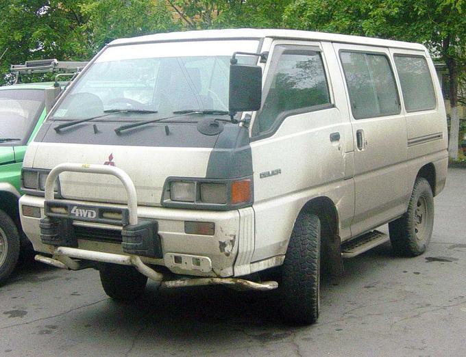 Мицубиси Делика 1990 года, Машину я купил в хорошим расположением GD42