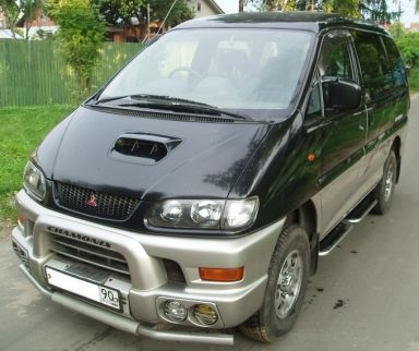 Mitsubishi Delica 1997 отзыв автора | Дата публикации 12.07.2006.