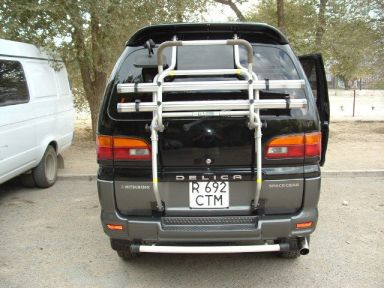 Mitsubishi Delica 1995 отзыв автора | Дата публикации 10.08.2004.