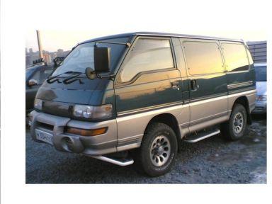 Mitsubishi Delica, 1984